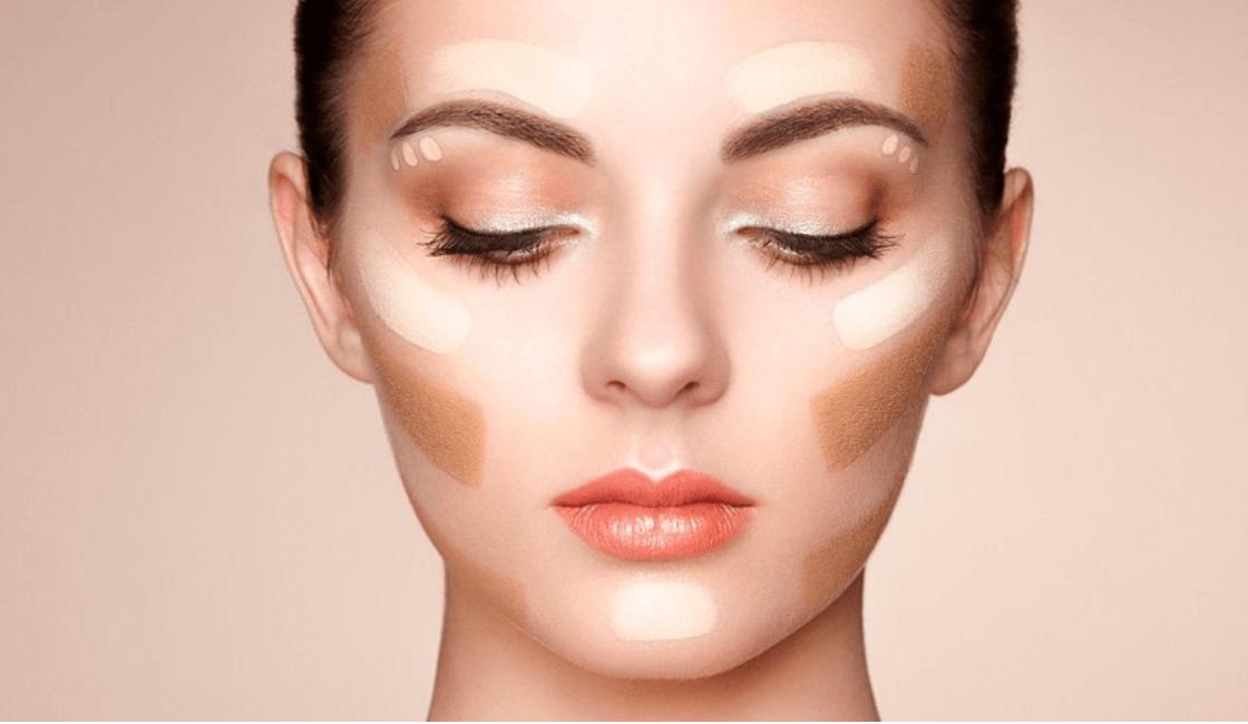 cara triangular entre los tipos más faciles de maquillar