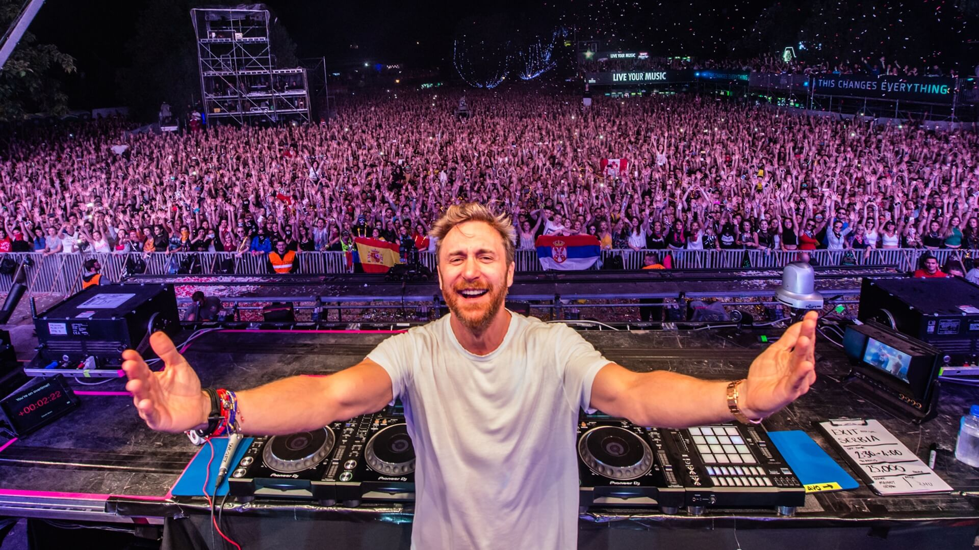 Portada de revista del gran DJ David Guetta
