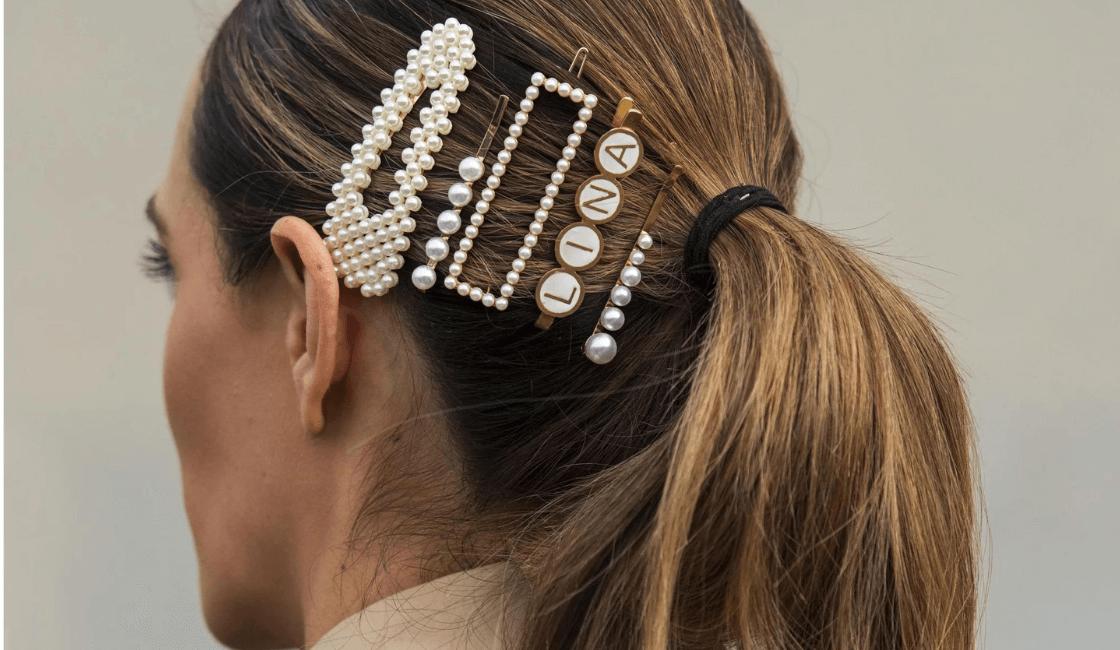 Accesorios para el cabello entre los accesorios de moda