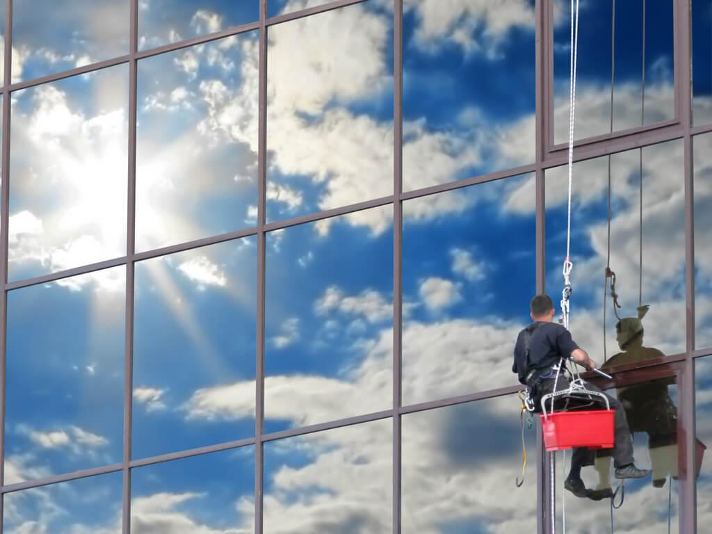 Arnés para limpieza de vidrios en altura