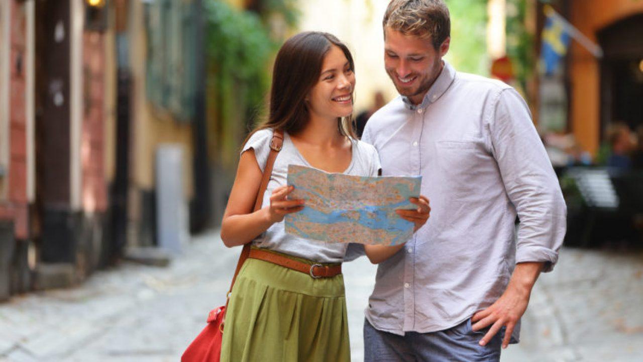 pareja de viaje