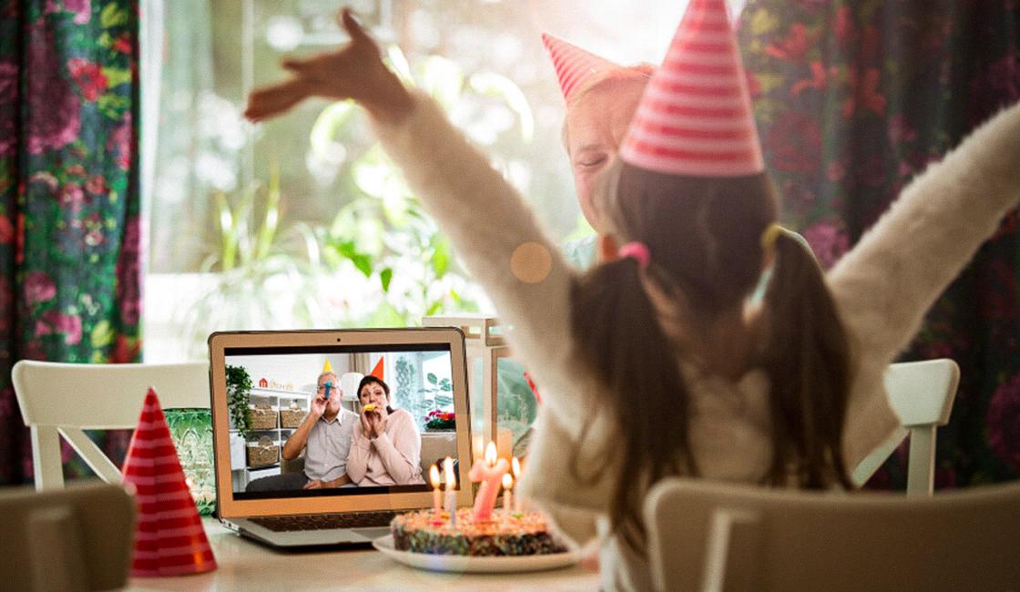 Fiesta virtual vía videollamada a través de Zoom