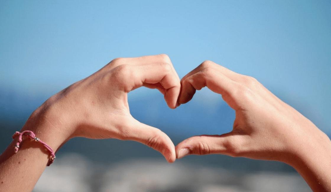 hilo-rojo-símbolo-de-amor