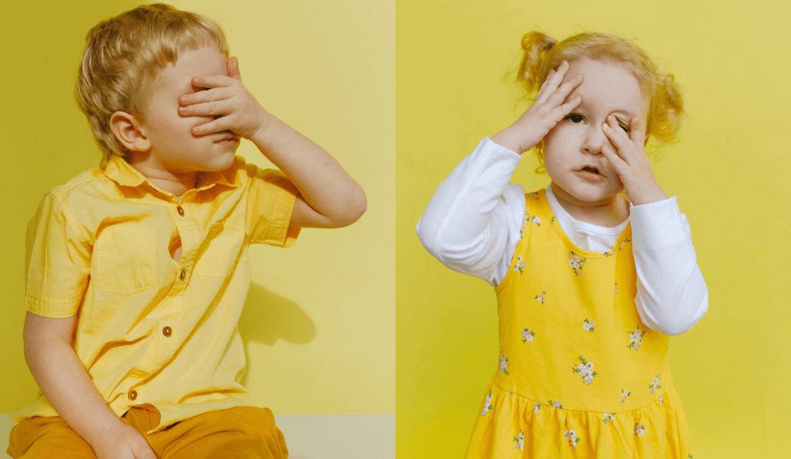 niños tapandose los ojos