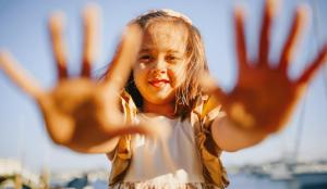 Sies pasos en la rutina diaria del cuidado de la piel del rostro