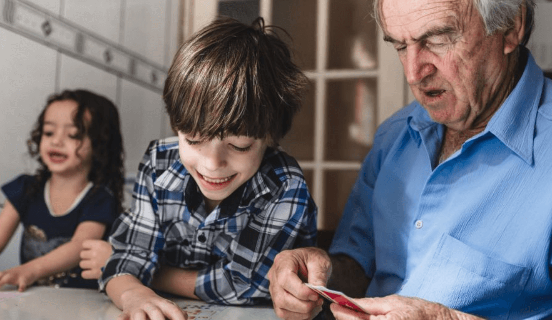 juegos con cartillas de parejas para niños con autismo