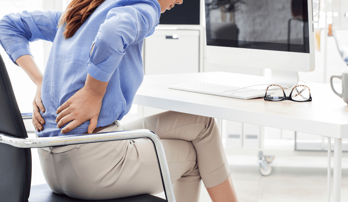 dolors de espalda producto de la mala postura
