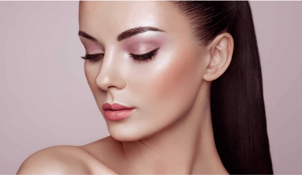 Diferencias entre maquillaje de día y de noche